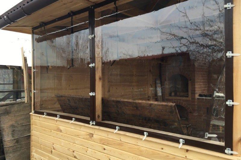 Пленка мягкого окна в обрамлении из ПВХ