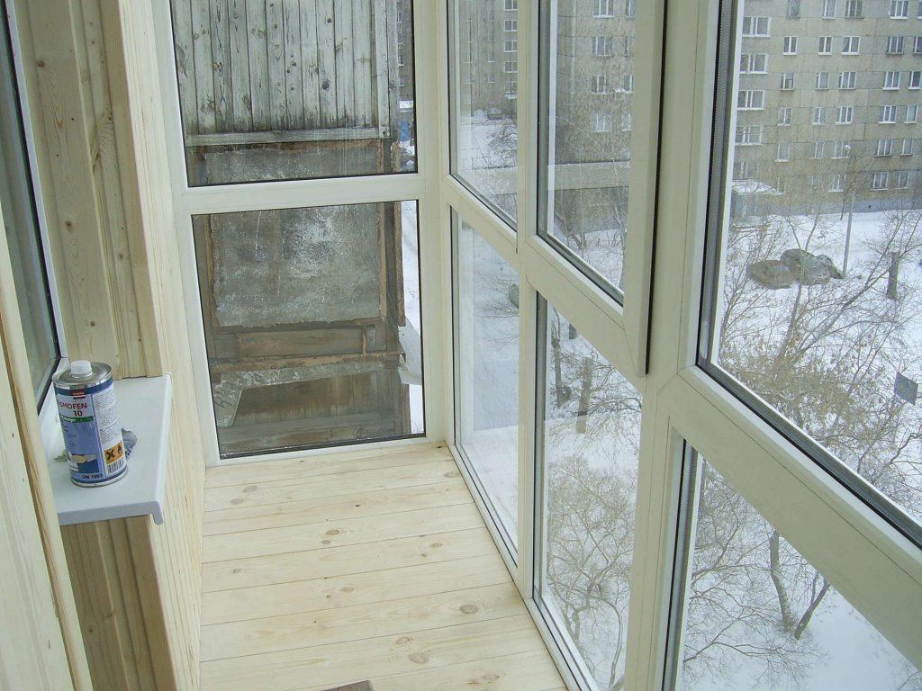 Скандинавский стиль в остеклении панорамными окнами