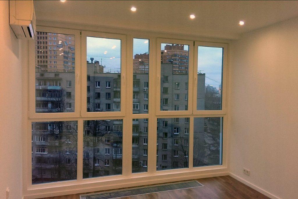 Теплое остекление панорамными окнами лоджии