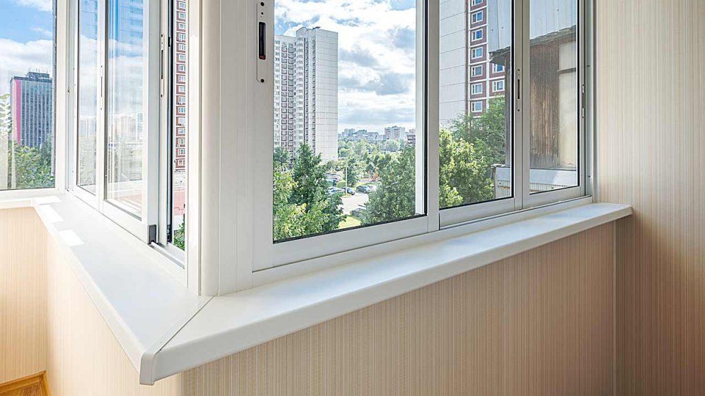 Холодное остекление балконов раздвижными окнами